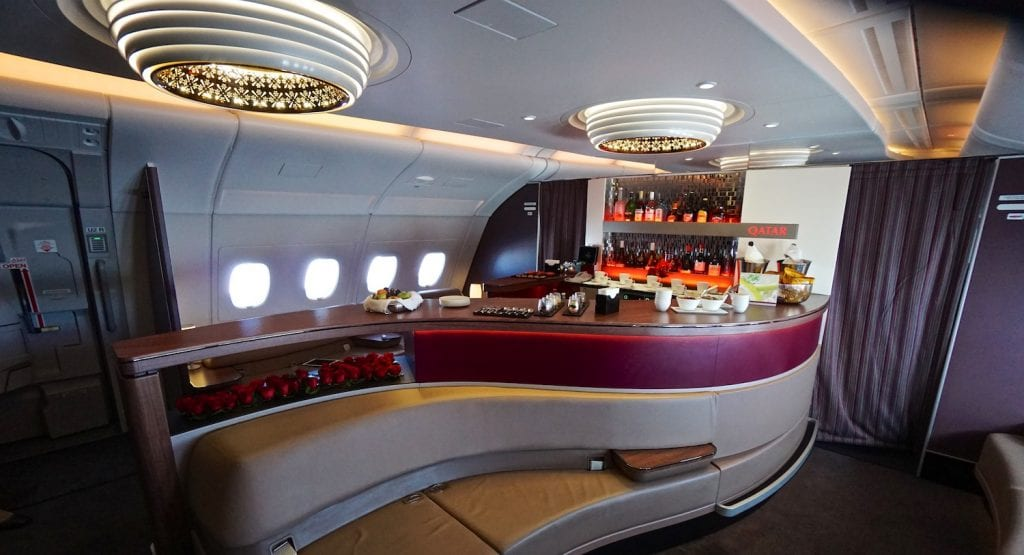 Qatar A380 Business Class Bar e1497977968913
