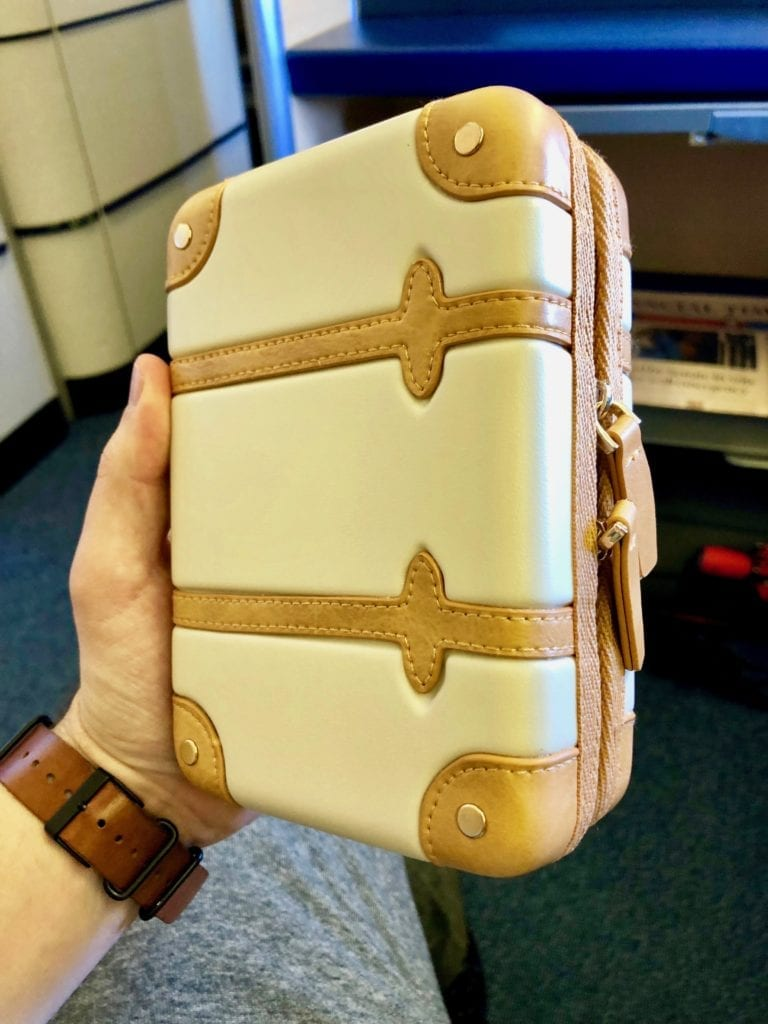 ANA first class review amenity kit