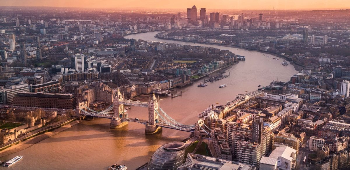 Thrifty Traveler's Guide to London