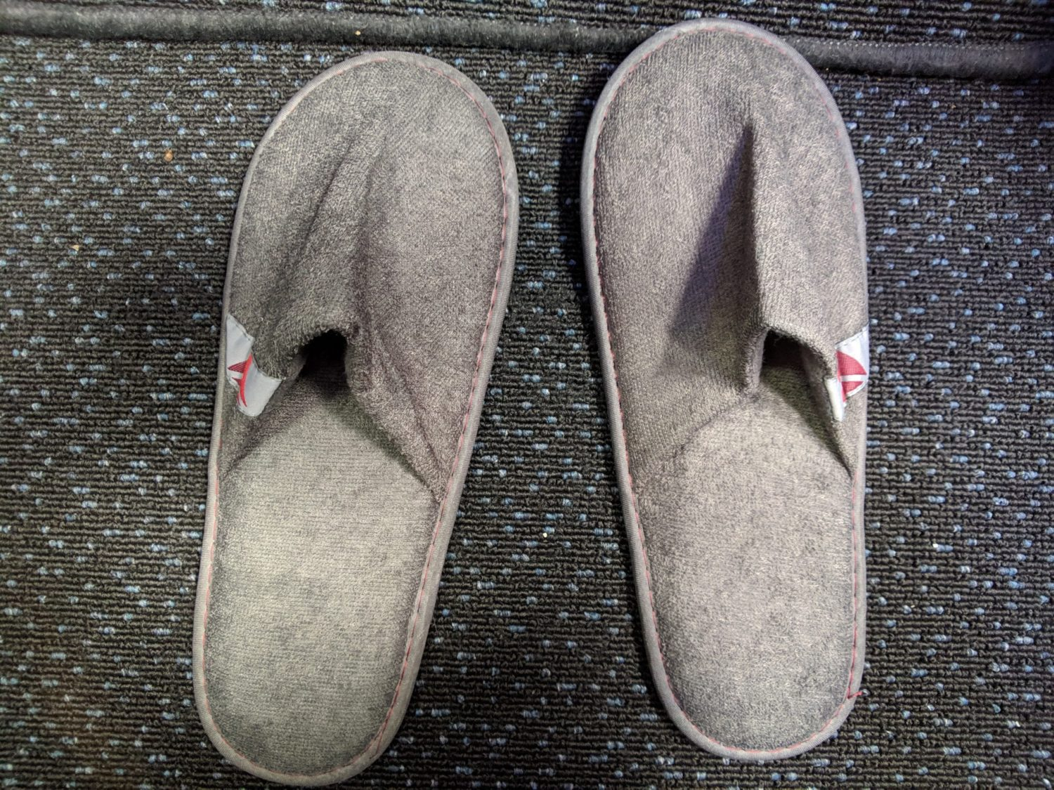 Delta One suites slippers