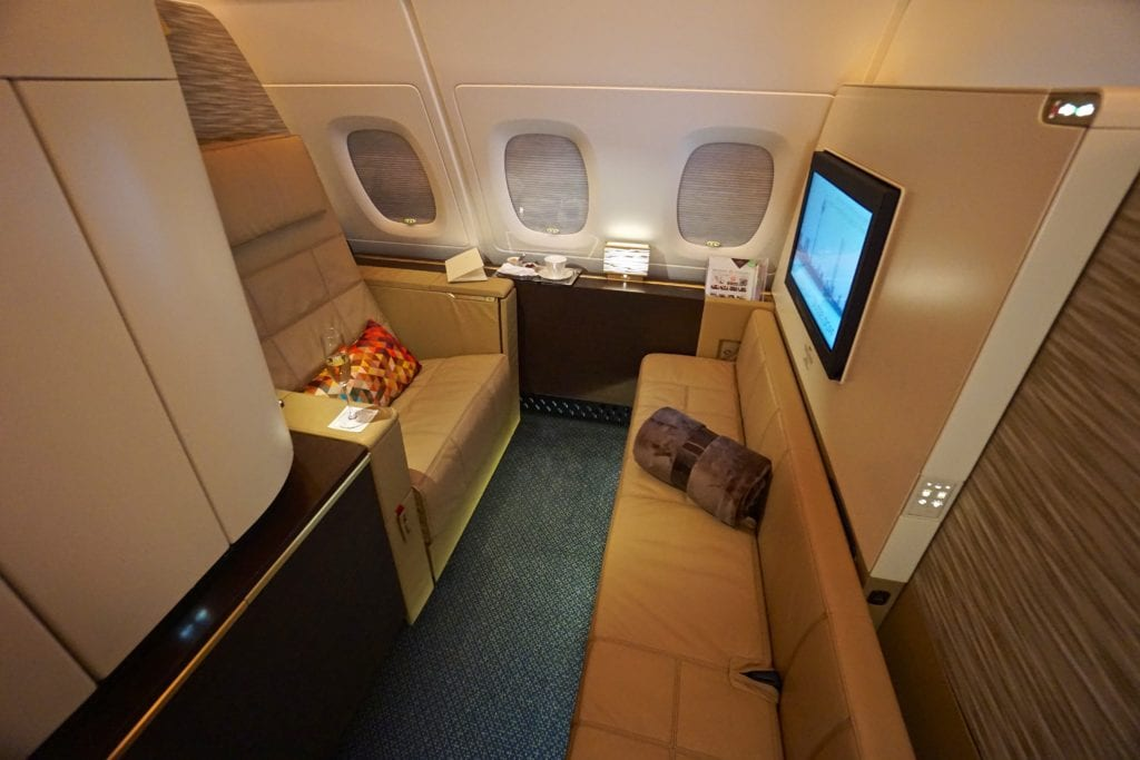 etihad apartment seat