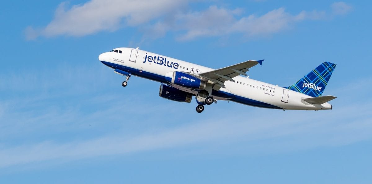 JetBlue Will Offset Carbon Emissions for All Domestic Flights