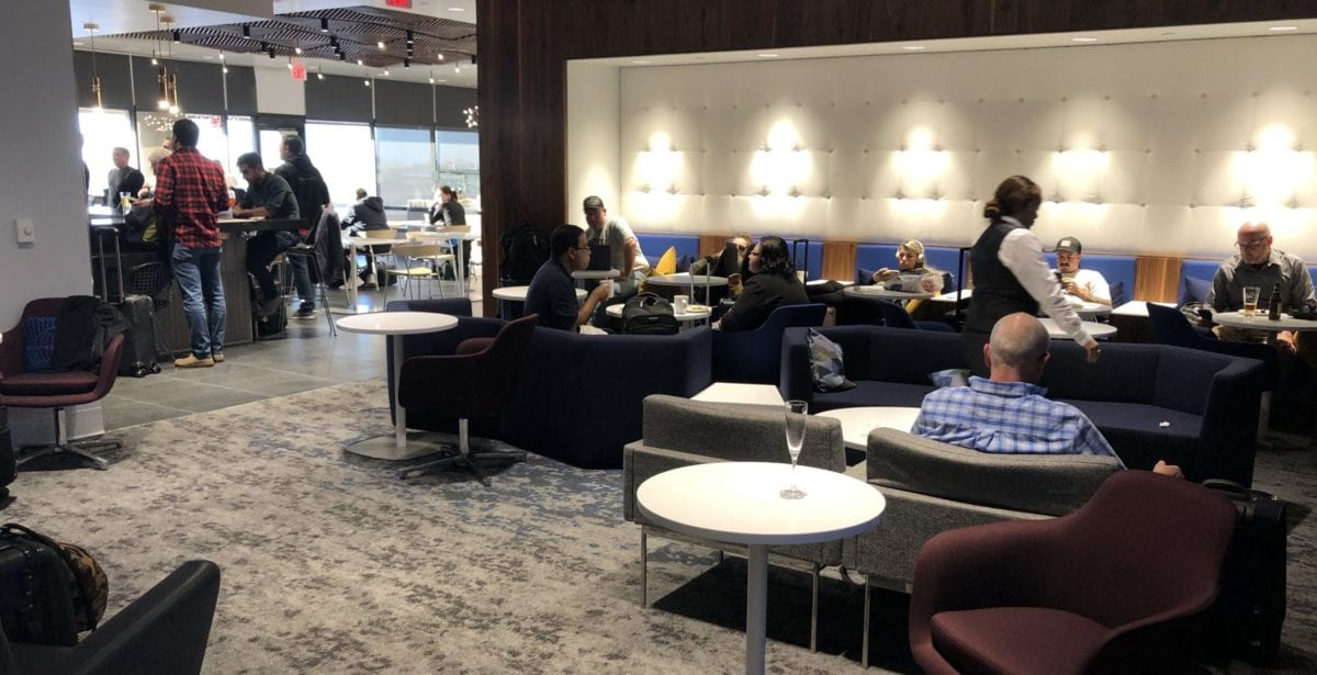 Lounge Review: American Express Centurion Lounge Phoenix (PHX)