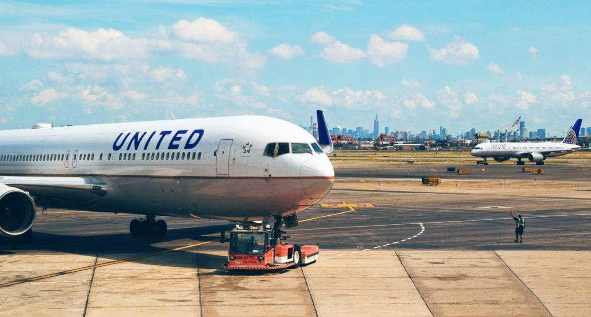 United Becomes the First to Offer COVID-19 Tests to Passengers