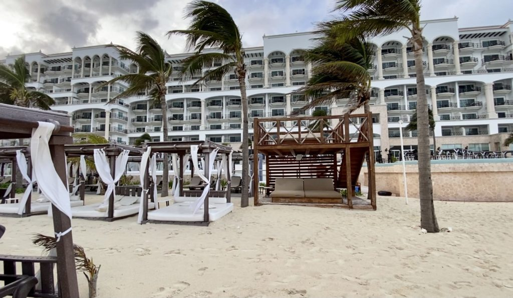 Mexico all-inclusive resort cabanas