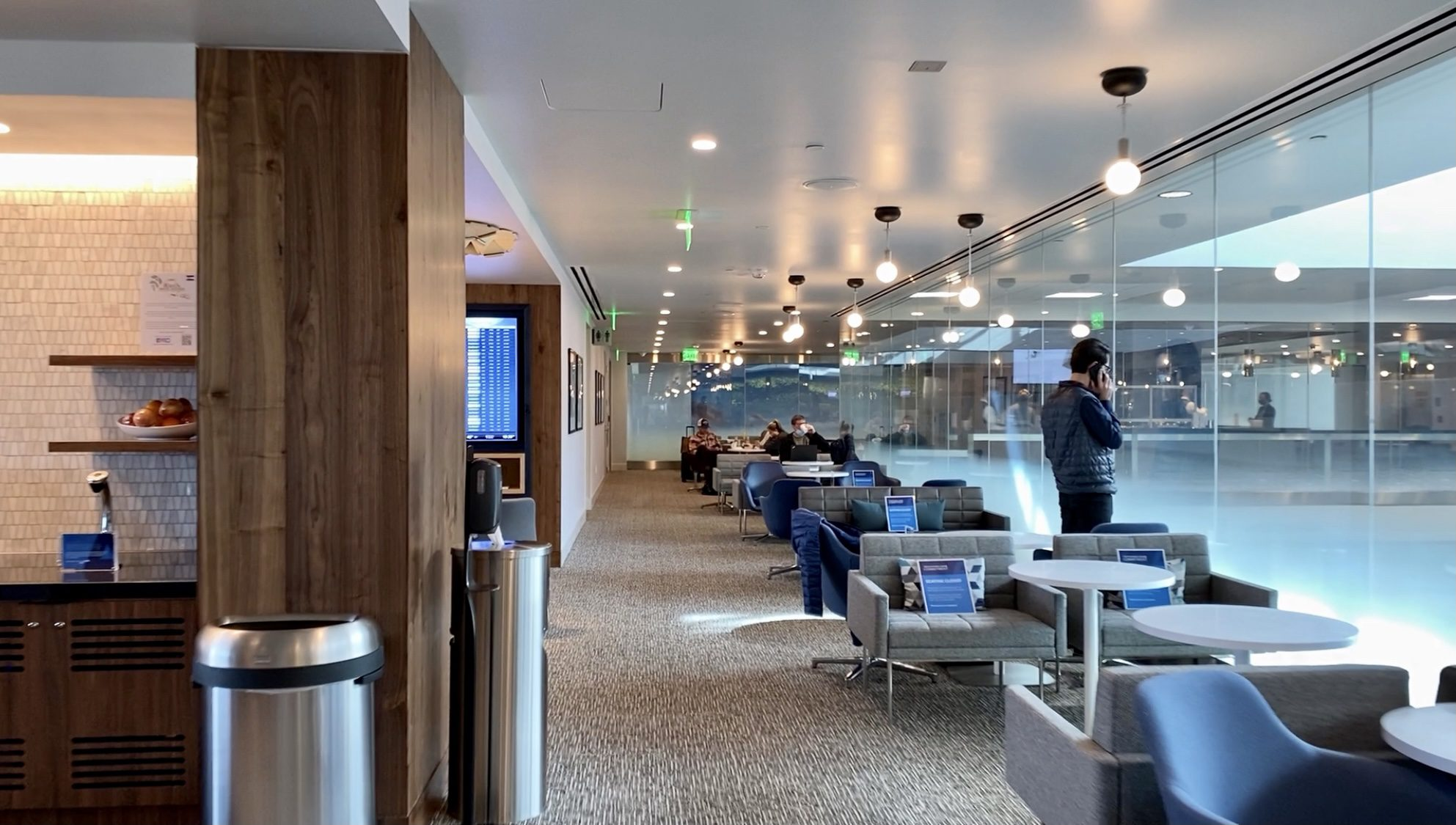 denver centurion lounge layout