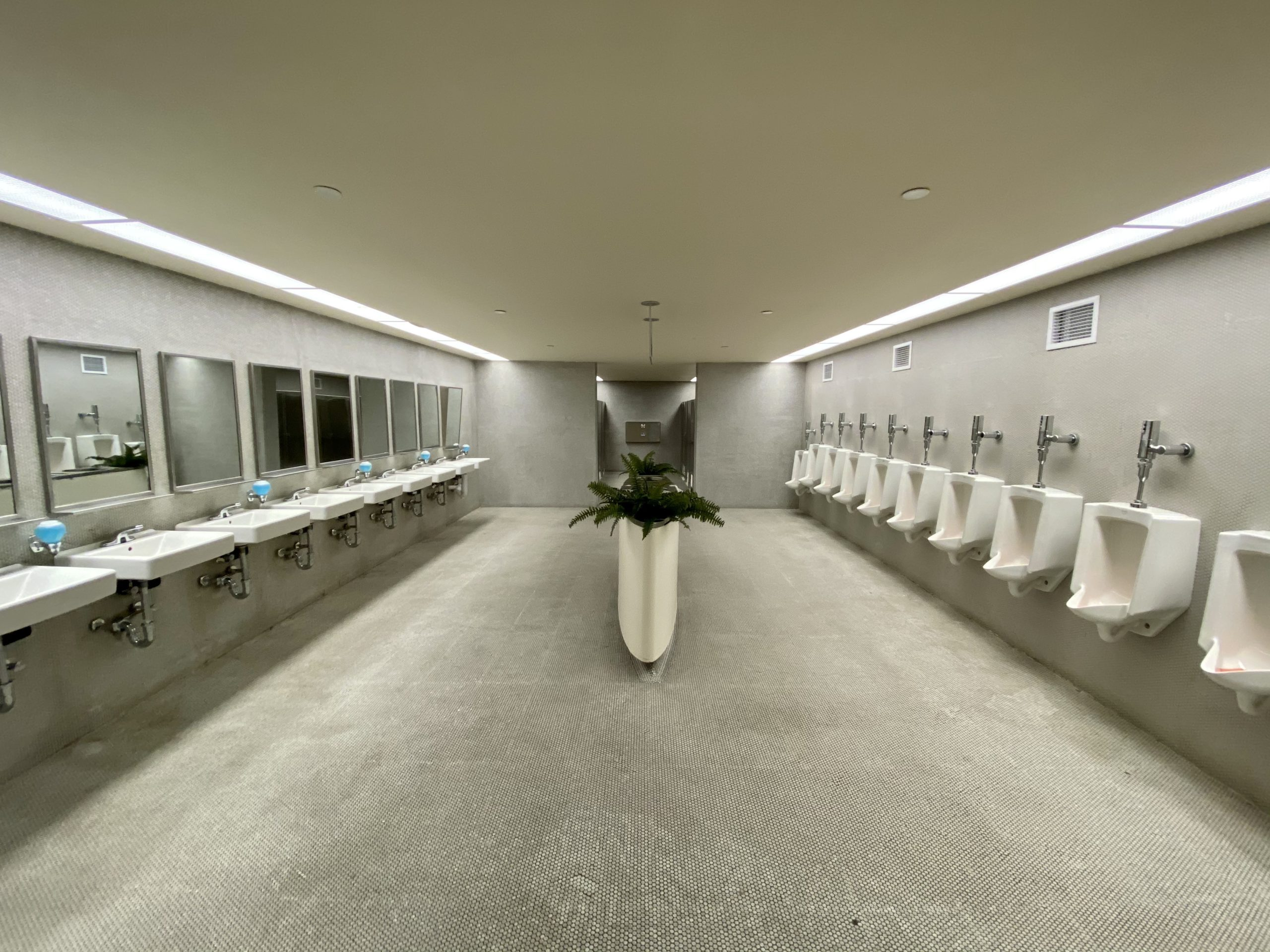 twa hotel bathroom