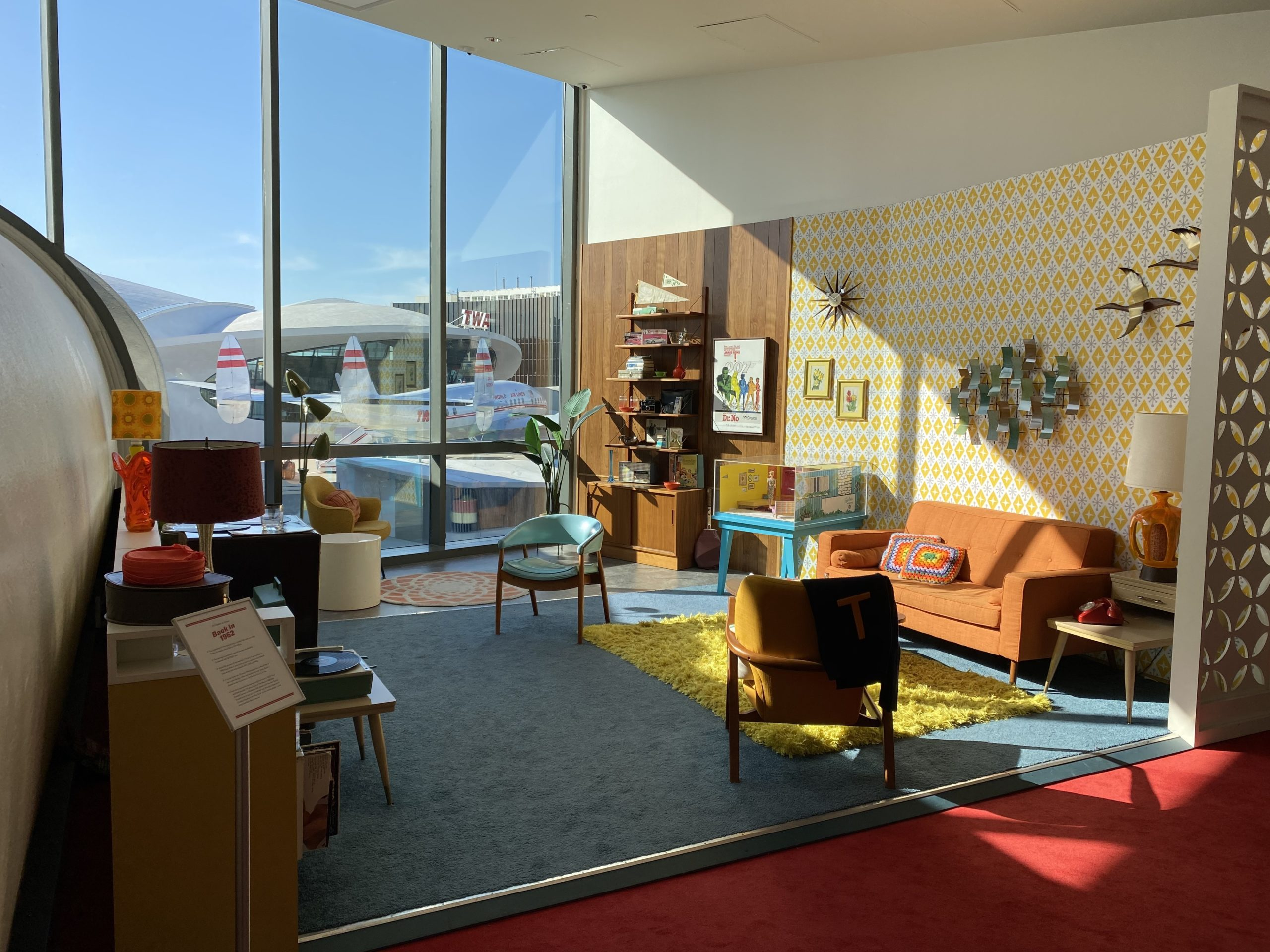 twa hotel living room